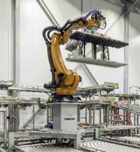 Tavil packaging system using KUKA robots