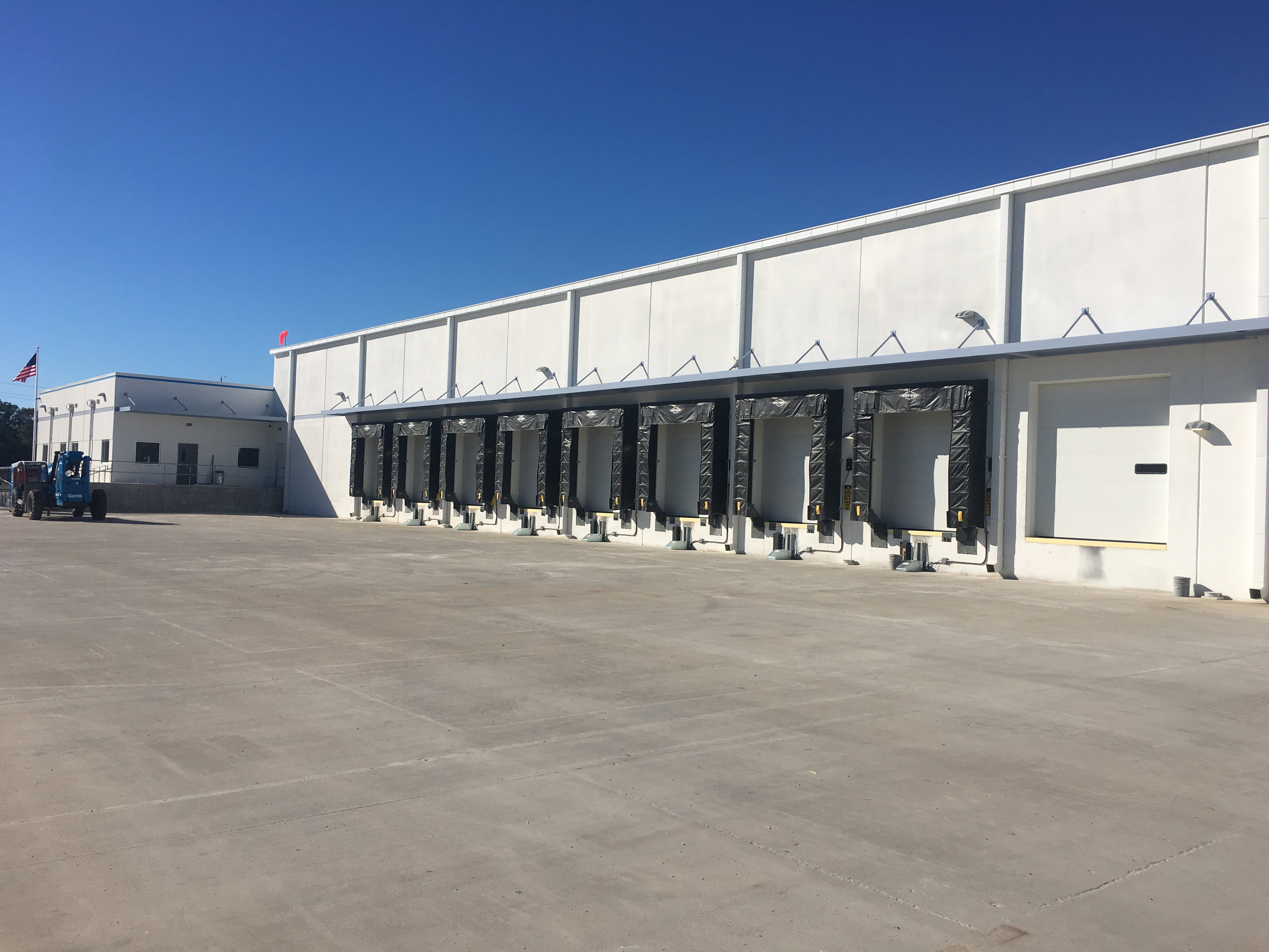 6 Hot Trends in Cold Storage Warehouse Construction